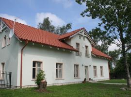 Casa Mia XIX-w Nadmorski Dom z ogrodem, Cedry Małe