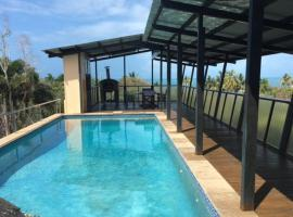 Luxury Holiday Home Bowen, Bowen