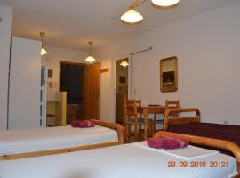 Apartments Zoumperi, Néa Mákri