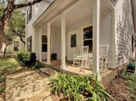 Green Home, Hudson Bend