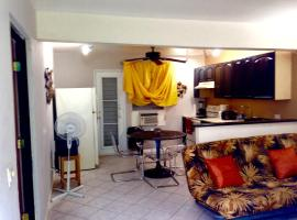 Apartment 3 McLeary St., San Juan