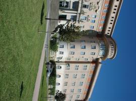 馬娜瑞誇國際旅舍, 德里奧