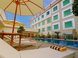 Rocky Plaza Hotel Padang, Padang