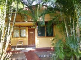 Corozalito Turtle Lodge, Carrillo