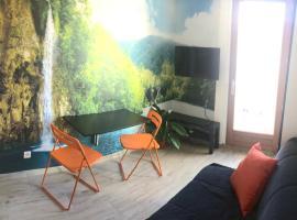 Studio Coeur Vieux-port Marseille 5eme sans ascenseur