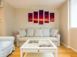 Crawford Suites Apartments