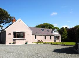 Fields Lodge Bed & Breakfast, Milford Haven