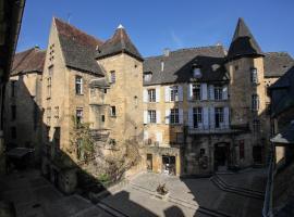 In Sarlat Luxury Rentals, Medieval Center, Sarlat-la-Canéda