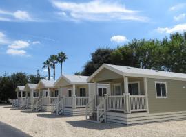 Travelers World RV Resort