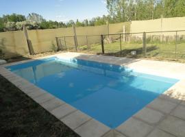 Casa con piscina, San Rafael