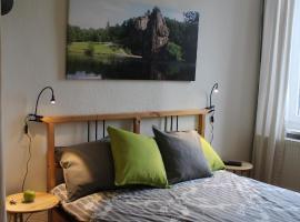 Green Apple Room - Zimmer mit Balkon, Holtensen bei Weetzen