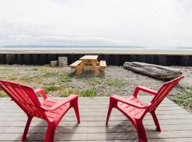 Camano Island Beachside Cottage, Camano