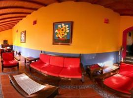 Hostal El Naranjo, Comala