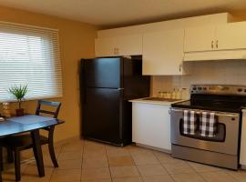 Divine Estate 4 Bedroom 12 Minutes to Downtown, Calgary