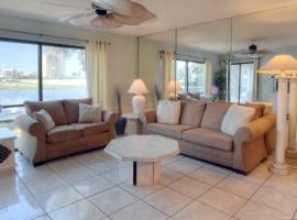 2106 Edgewater Golf Villa