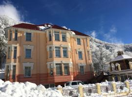 Gorny Khrustal Apart-hotel
