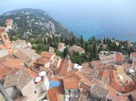 Steinhaus im Zentrum des mittelalterlichen Dorfes, Roquebrune-Cap-Martin