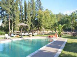 Villa Ida Ougard, 에사우이라