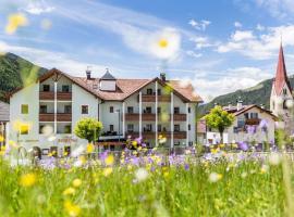 Hotel Rosental, Luson