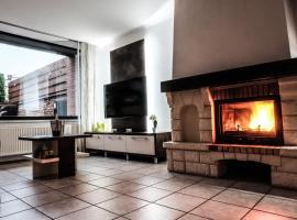 Apartment 12, Prag