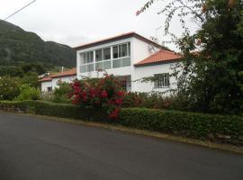 Tropical Fruit Garden, Velas