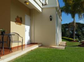 Family Guest House, Quebradillas
