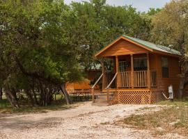 Medina Lake Camping Resort Cabin 5, Lakehills