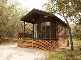 Medina Lake Camping Resort Studio Cabin 2, Lakehills