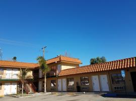 Tiffany Inn Corona, Corona