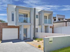 Villa Merrylands Sydney, Blacktown