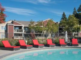 Global Luxury Suites in San Ramon, San Ramon