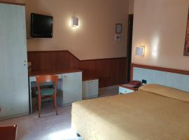 Hotel Laurence, Tor Vergata
