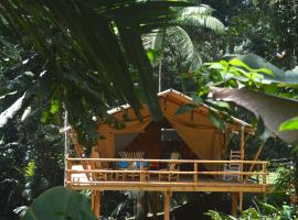 Corto Lodge, Loma Partida