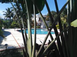 Hermosa Villa III, Cabrera