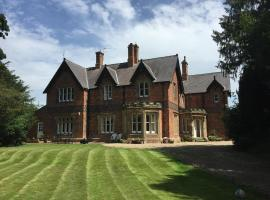 Parklands Hall, Middleton on the Wolds
