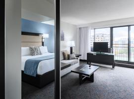 Ottawa Embassy Hotel & Suites, Ottawa