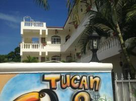 Tucan Dos, El Puerto