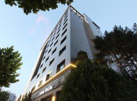 Hotel De Ciel, Seulas