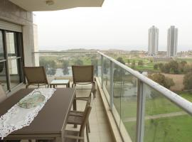 Netanya Dreams Luxury Apt. A60, Netanya