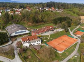 Hotel & Tennis Riederhof, Mantscha