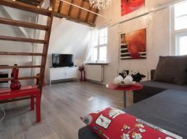 Leiden Love Cabin, Leiden
