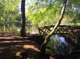 Pond Cottage, Covington
