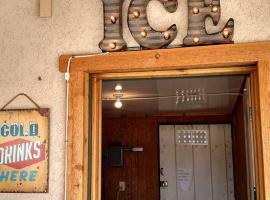 Blue Mountain Horsehead Inn, Monticello