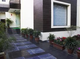 FabHotel Moulsari DLF Phase 3