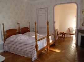 Chambres au château - Le Clos Des Tourelles, Sennecey-le-Grand