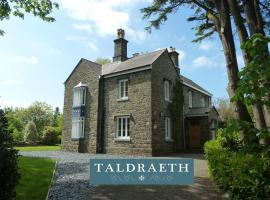 Taldraeth - Old Vicarage Guest House