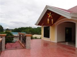 Coco Grove Tourist Inn, Dauis
