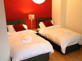 Clarendon Town House - Sleeps up to 10 guests, Brighton & Hove