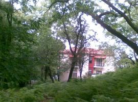 Orpheus Hotel, Therma