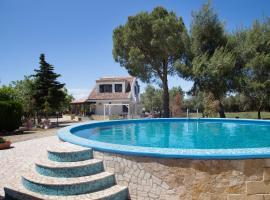 Villa Dei Sogni, Tuglie